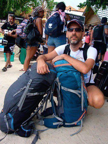 Diego R. Mochilas Bali